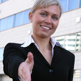 handshake_woman